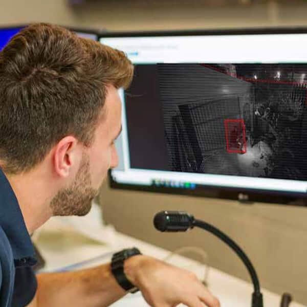 Monitoring CCTV 1 (1)
